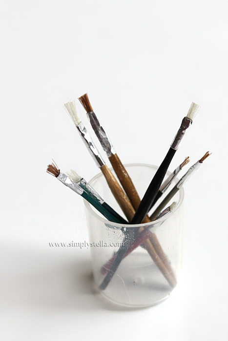 how to clean miniature paint brushes